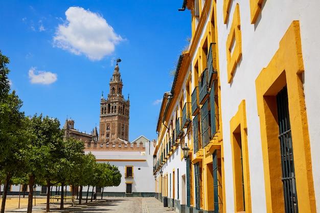 Sevilla-kathedrale giralda-turm von alcazar