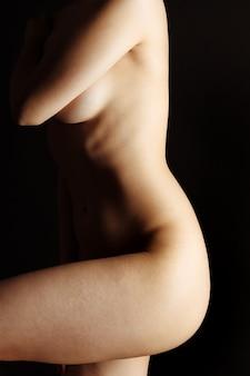 Sexy körper nackte frau. nacktes sinnliches schönes mädchen