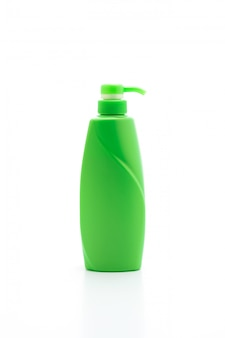 Shampoo oder conditioner flasche auf weißem hintergrund
