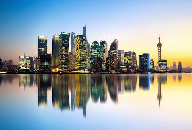 Shanghai skyline der stadt