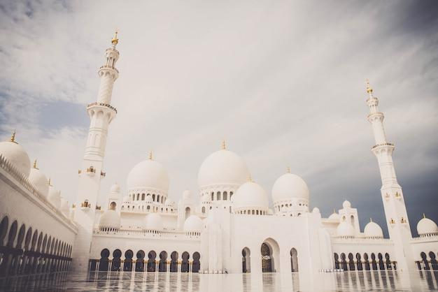 Sheikh zayed moschee in den vereinigten arabischen emiraten