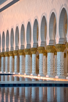 Sheikh zayed white mosque in abu dhabi