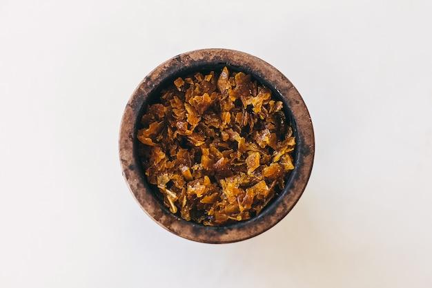 Shisha-details für rauchen und freizeit bei natürlichem licht