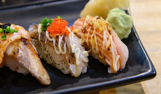 Shushi shalmon groß