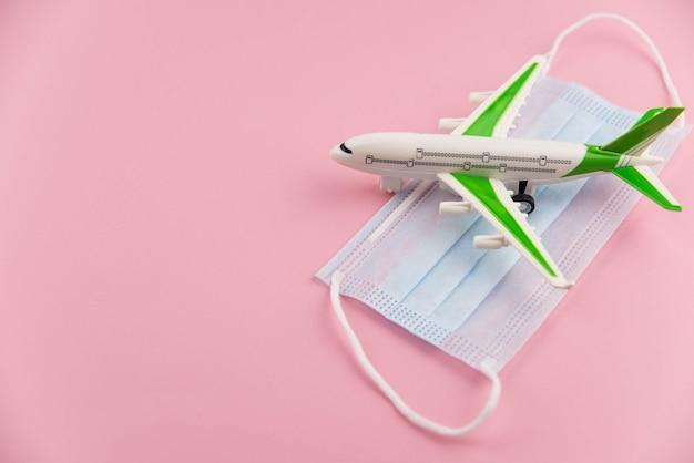 Sicherheitsflug und reise während quarantäne und sperrung