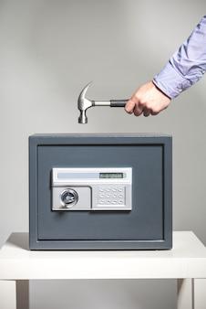 Sicherheitsverletzung - safe picking concept