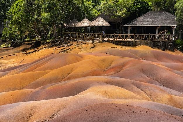 Sieben farbige gebiete auf der insel mauritius, naturschutzgebiet chamarelle.