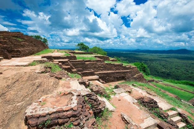 Sigiriya lion rock festung in sri lanka