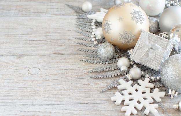 Silber und creme weihnachten weihnachtsdekoration