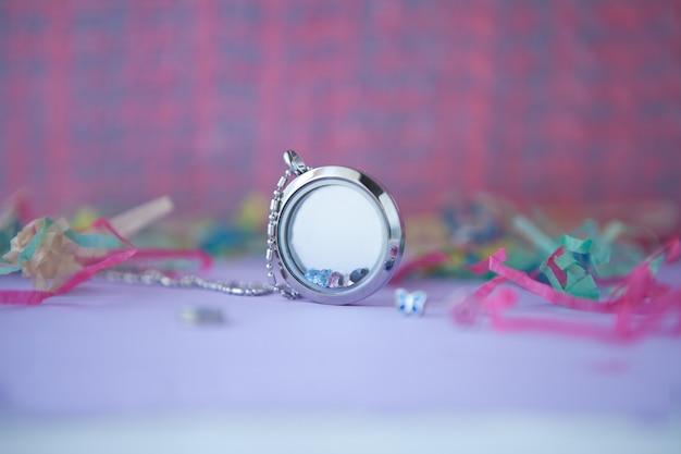 Silberkette für frau glänzende kristalle mit rosa verzierungen luxus-silberschmuckketten