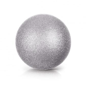 Silberne illustration des funkelnballs 3d auf weißem hintergrund
