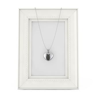 Silbernes herz-medaillon auf kette über leerem bilderrahmen auf weißem hintergrund. 3d-rendering