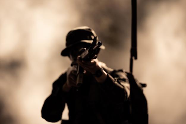 Silhouette action soldaten