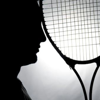 Silhouette des tennisspielers
