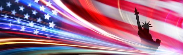 Silhouette freiheitsstatue mit usa flagge und bewegungsbeleuchtung. 4. juli des unabhängigkeitstags