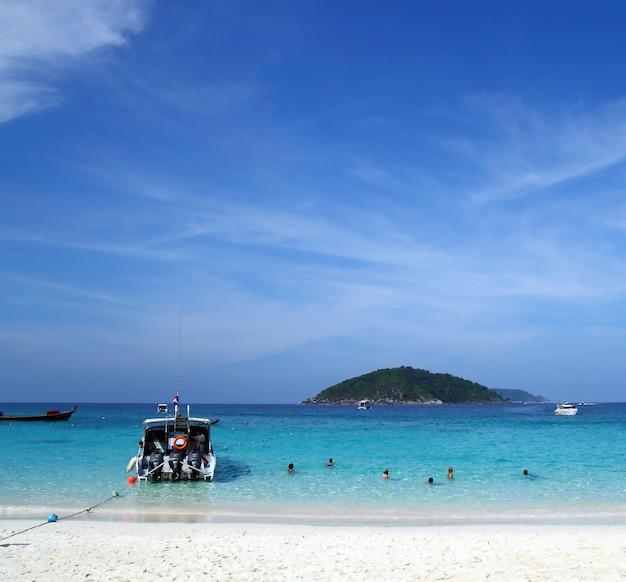 Similan beach island nummer 4, paradiesinsel im süden von thailand