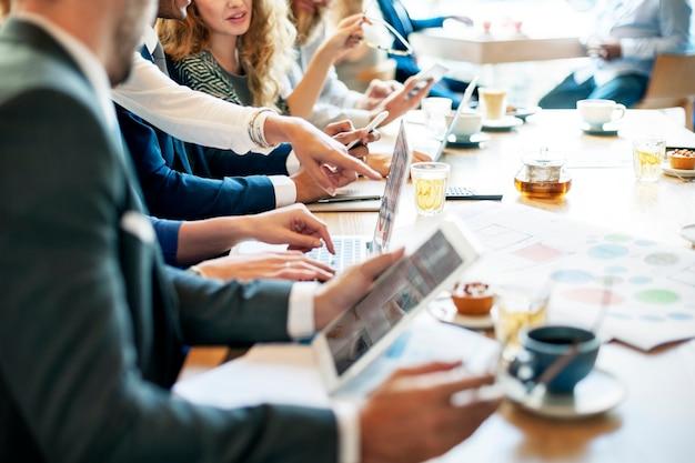 Sitzung diskussion graph analytics business konzept