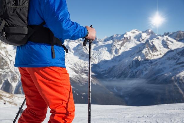 Skifahren im schnee