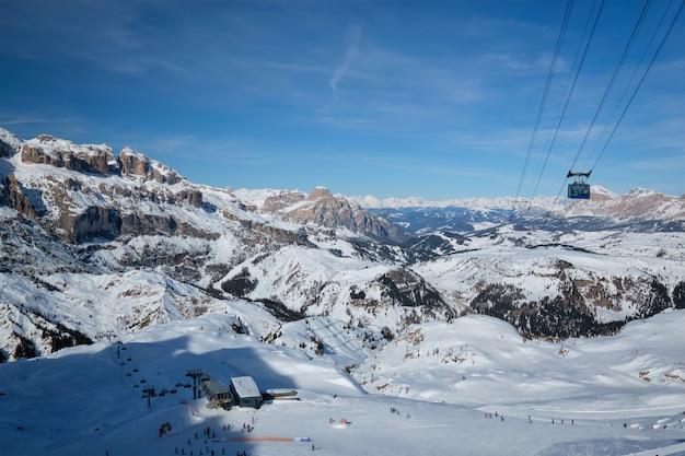 Skigebiet in den dolomiten italien