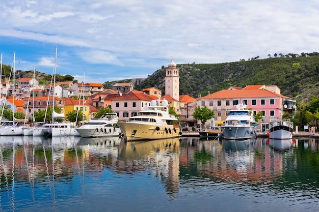 Skradin stadt in kroatien