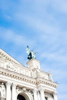 Skulpturen an der fassade