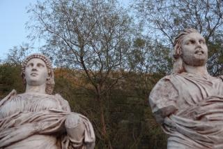 Skulpturen, stein