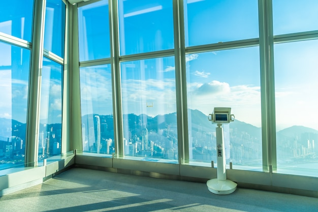 Sky100 aussichtsplattform mit schönen hong kong city skyline