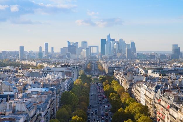 Skyline der stadt paris in richtung la defense bezirk, frankreich