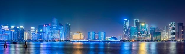Skyline der städtischen architekturlandschaft in hangzhou