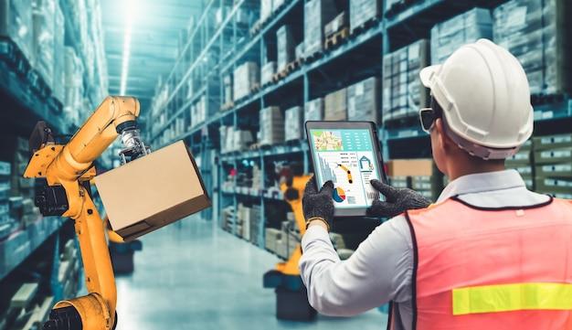 Smarte roboterarmsysteme für innovative lager- und fabrikdigitaltechnik