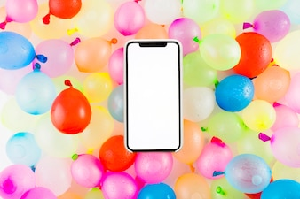 Smartphone auf Ballons