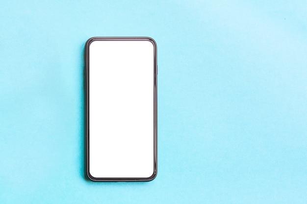 Smartphone auf blau