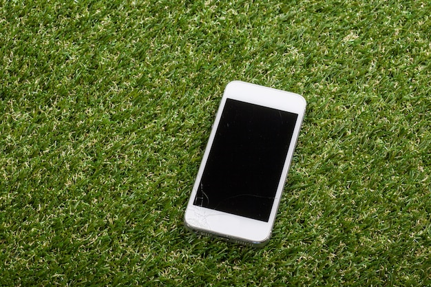 Smartphone auf den boden fallen und bildschirmschäden