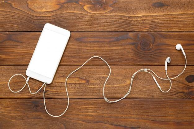 Smartphone und kopfhörer