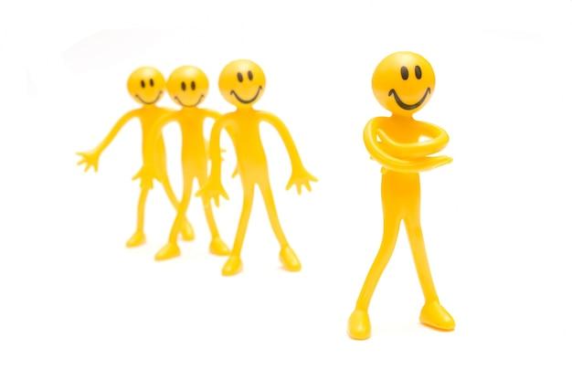 Smiling gelben stoffpuppen
