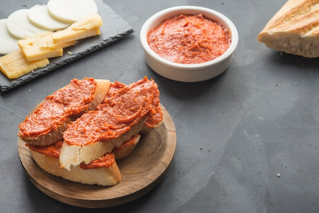 Sobrasada isolierte typisches essen in mallorca spanien