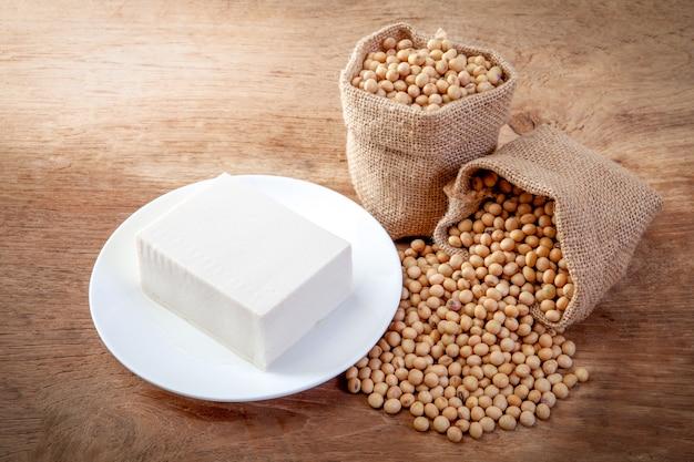 Soja tofu oder tofu
