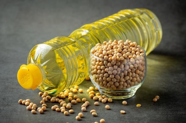 Sojaöl sojabohnen-lebensmittel- und getränkeprodukte lebensmittelernährungskonzept.