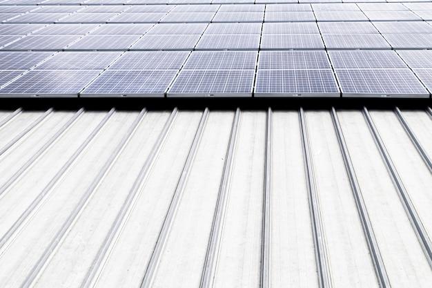 Solarzelle auf dem dach saubere energie