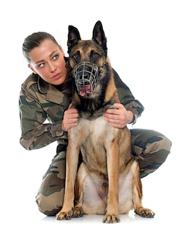 Soldatin und malinois