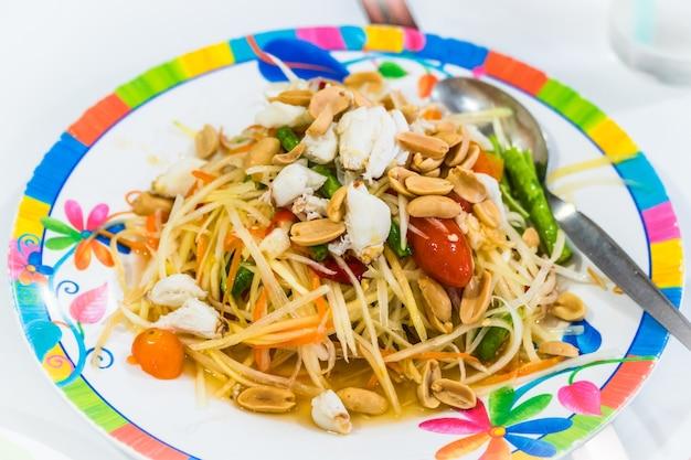 Som tum oder papaya salat, papaya pok pok, traditionelle thailändische küche