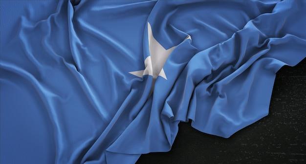 Somalia-flagge, die auf dunklem hintergrund geknittert ist 3d render