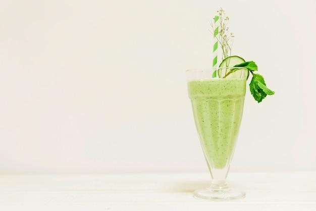 Sommer smoothie und exemplar