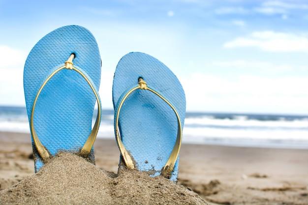 Sommerschuhe auf sand