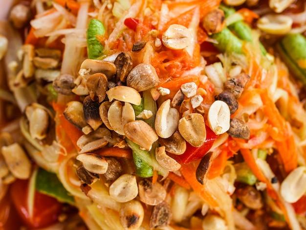 Somtum thailändischer nahrungsmittelpapayasalat