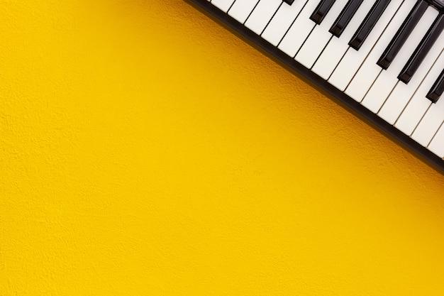 Songwriter oder dj arbeiten mit synthesizer