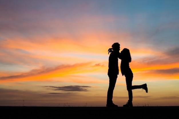 Sonne frau schöne dating im freien