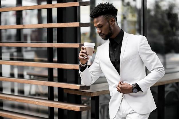 Sonne mode arbeit schwarz afrikanischen glücklich