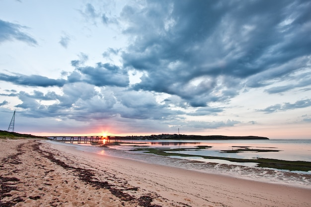 Sonnenaufgang bei phillip island, victoria, australien
