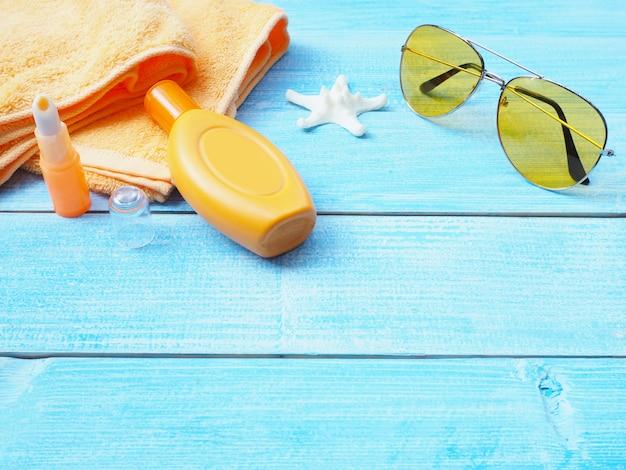Sonnenbadzubehör oder sonnenschutzset.